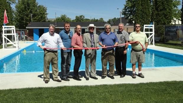 Ouverture officielle de la piscine municipale de richmond for Piscines soucy