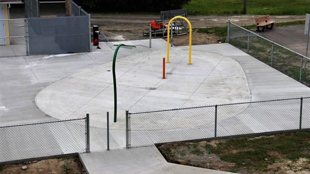 Installation de jeux d eau la piscine municipale - Piscine municipale quebec boulogne billancourt ...